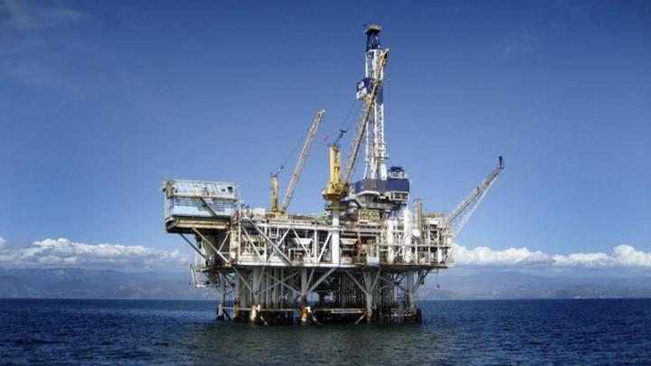 Πετρέλαιο: Πάνω από τα 68 δολάρια η τιμή του μπρεντ - Στο ...