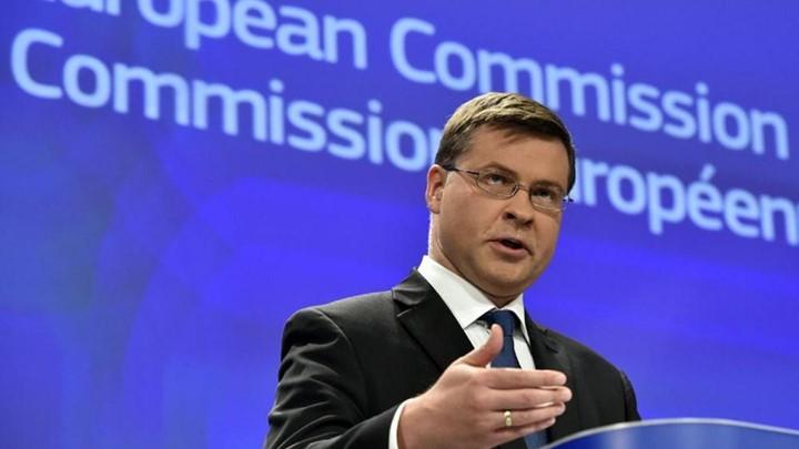 Ντομπρόβσκις: Πρέπει να είναι εμπροσθοβαρή τα μέτρα στο χρέος
